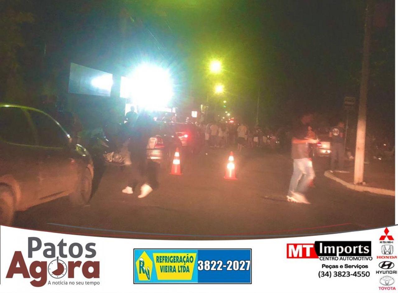 Imagens mostram aglomeração na Rua Jaime Ramos e Rua Major Gote