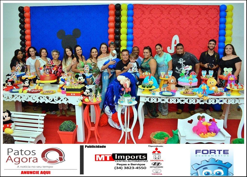 Crianças ganham festinha de aniversário feita por voluntários
