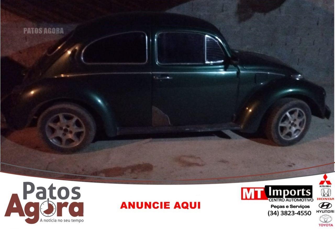 PM localiza carro com queixa furto/roubo no bairro Guanabara em Patos de Minas