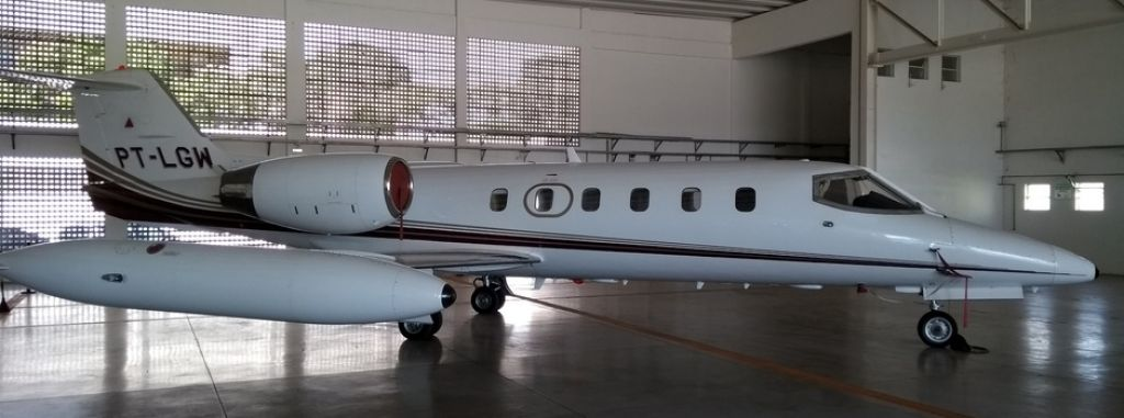 Avião LearJet, que pertencia a frota que servia aos antigos governadores de Minas Gerais, é vendido por R$ 2.226.710,00