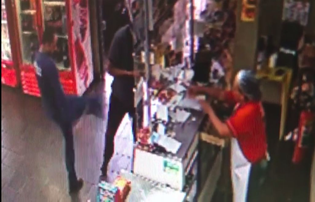 Comerciante reage a assalto e impede roubo em padaria no Bairro Abner Afonso